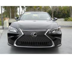 Neatly Used 2019 Lexus ES 350 FWD