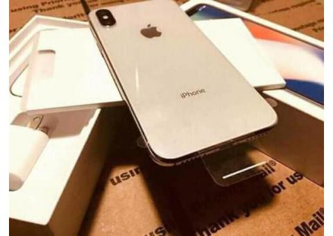 Brand New Original Unlocked Apple iPhone 11 Pro Max