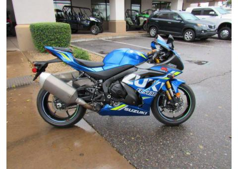 Suzuki gsx r1000 available for sell whatsapp number +971557337543