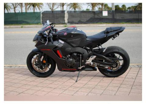 2017 honda cbr1000 for sale WhatsApp +14752216764