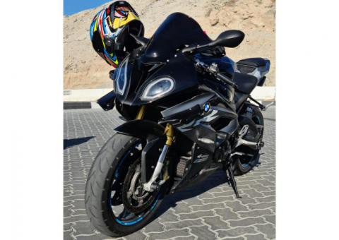 2017 BMW S1000RR whatsapp +971554392746