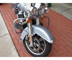 2019 Harley-Davidson whatsapp +971564792011